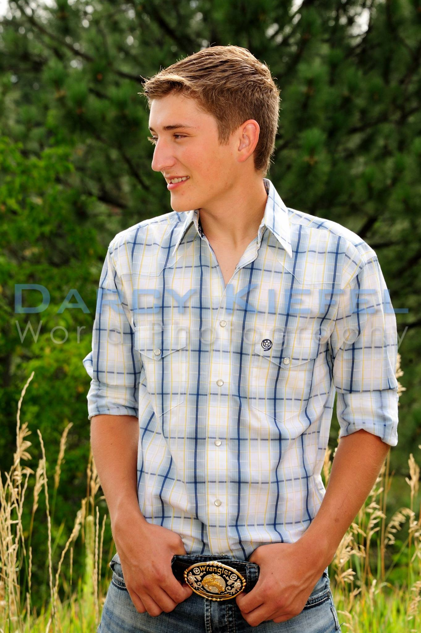 iwot high school senior portrait