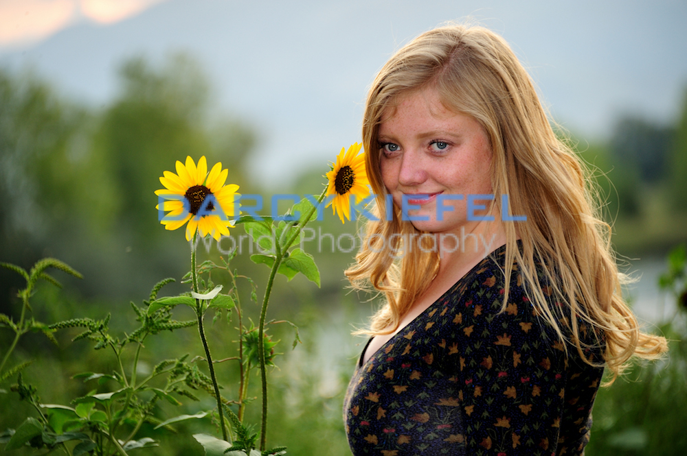 Broomfield Senior Portraits with Kiefel Photography